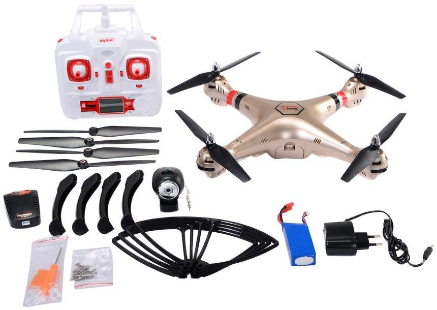 Non manca niente, il drone SYMA X8HC vi arriverà a casa completo di tutto, incluse 4 eliche di ricambio