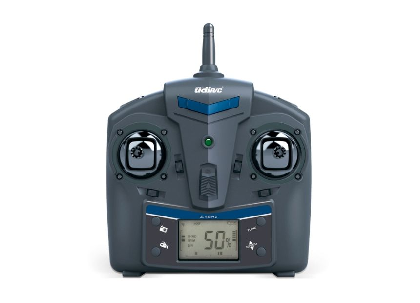 Il radiocomando con portante di 2.4GHz e display LCD retroilluminato del drone UDI RC U842 Falcon